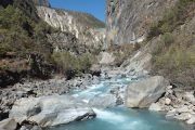 Stunning glacial river on the Annapurna Circuit