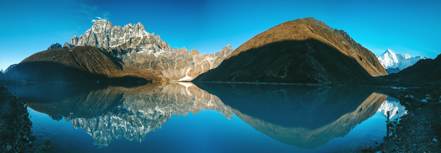 Himalaya Mountain Lake Reflection