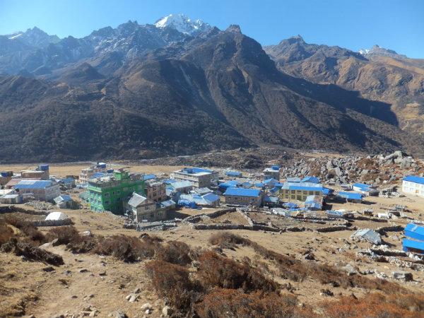Trekking in the Langtang region: Settlement of Kyanjin Gumba, Langtang