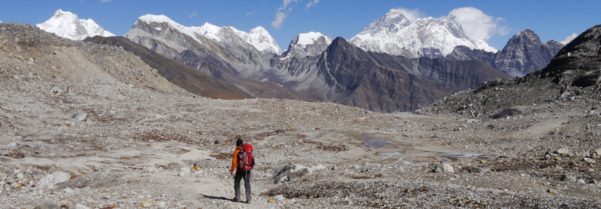 Responsible trekking in Nepal, trekker in the Everest region