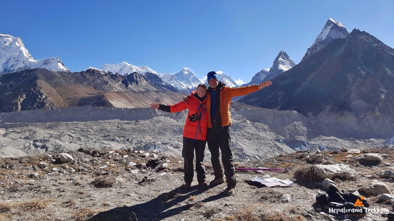 Trekking together in the Everest region